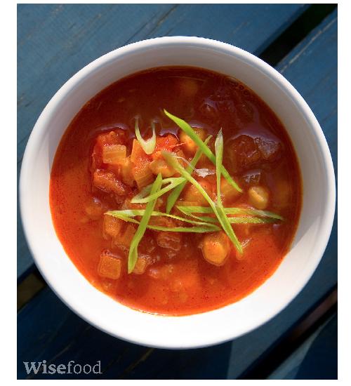 krydret suppe med kikærter og tomat opskrift